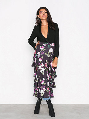 NLY Trend Layered Print Midi Skirt Svart