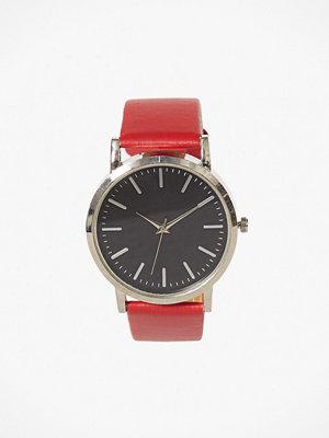 Klockor - NLY Accessories Plain Watch Röd/Svart