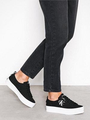 Calvin Klein Jeans Zolah Canvas Svart