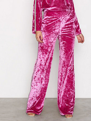 NLY Trend Brilliant Wide Pants Rosa byxor