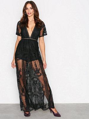 Festklänningar - Kiss The Sky Take a Bow Maxi Dress Black
