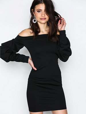 NLY One Oversize Sleeve Dress Svart