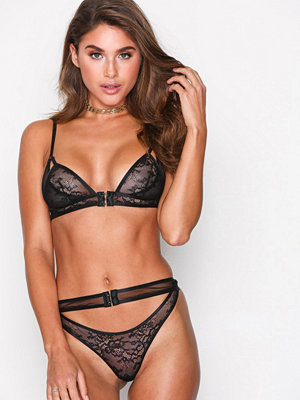 BH - Topshop Lace Triangle Bra Black