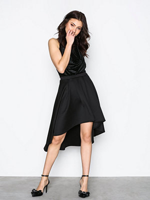NLY One Pleated High Low Skirt Svart