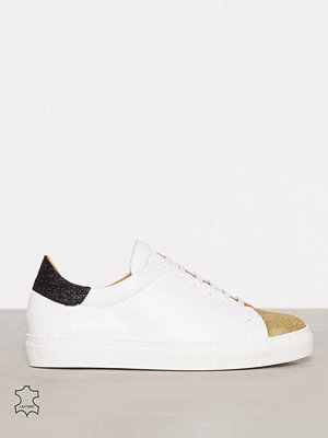 By Malene Birger Culorbe Pure White