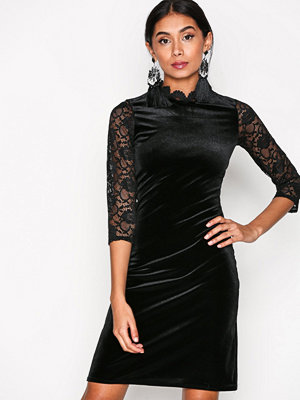 Sisters Point Cumi Dress Black