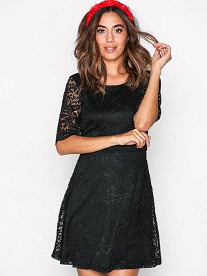 Jacqueline de Yong Jdyparis S/S Lace Dress Jrs Svart