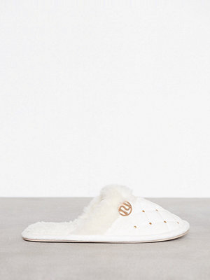 River Island Quilted Stud Slipper Cream