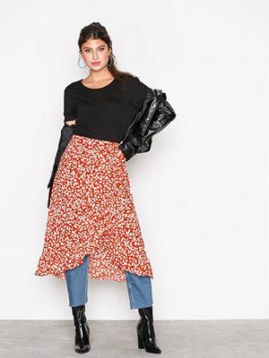 Vero Moda Vmhenna Fifi Wrap Blk Skirt SB2 Orange