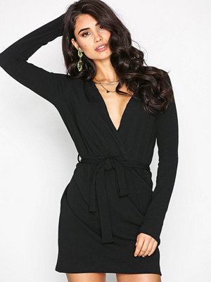 Missguided Plain Frill Tea Dress Black