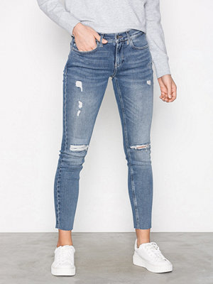 Calvin Klein Jeans Mid Rise Skinny Ankle Raw Thermal Denim