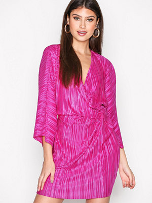 NLY Trend Knot Pleat Kimono Dress Fuchsia