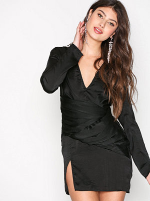 Missguided Panelled Shift Dress Black