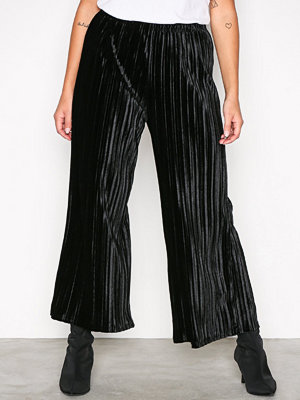 Sisters Point svarta byxor Som Pants Black
