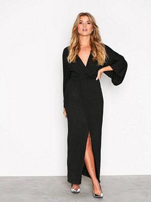 NLY Trend Kimono Solid Dress Svart