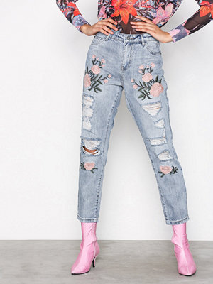 Only onlTONNI Bf Emb Dnm Jeans GUABJ1129