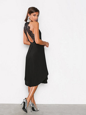 NLY One Lace Midi Dress Svart