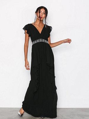 TFNC Rhea Maxi Dress Svart