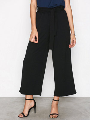 Sisters Point svarta byxor Noto Pants Black