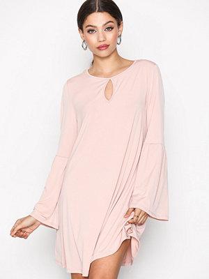 Glamorous Flouence Dress Blush
