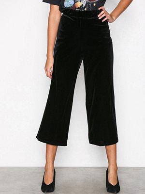 Topshop svarta byxor Pull On Velvet Black