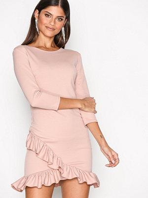 NLY One Frill Hem Dress Blush