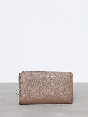 Plånböcker - Marc Jacobs Compact Wallet Grå