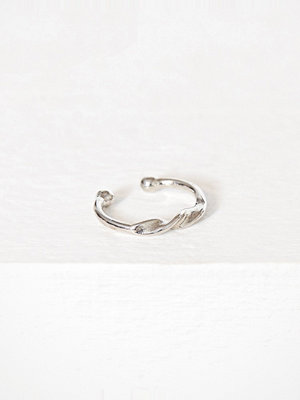 NLY Accessories smycke Twist Lip Ring Silver