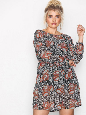 Sisters Point Nar Dress Multi