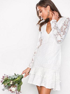 NLY One LS Frill Lace Dress Vit