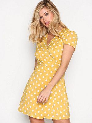 Glamorous Wrap Dress Mustard