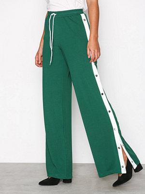 Missguided gröna byxor Popper Wide Leg Jogger Green