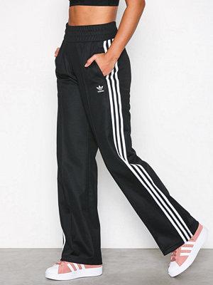 Adidas Originals byxor med tryck Contemp BB TP Svart