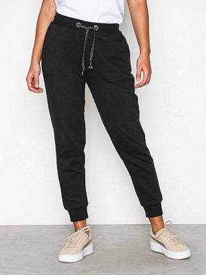 Sisters Point svarta byxor Hila Pants Black