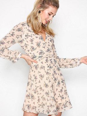 Glamorous Long Sleeve Flounce Dress Blush