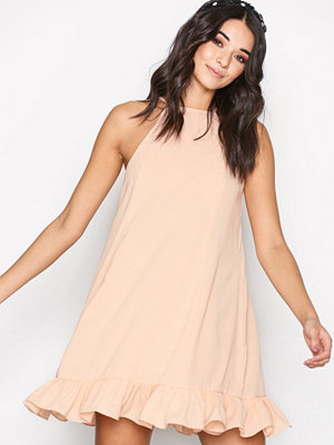 Glamorous Flounce Bottom Dress Light Pink