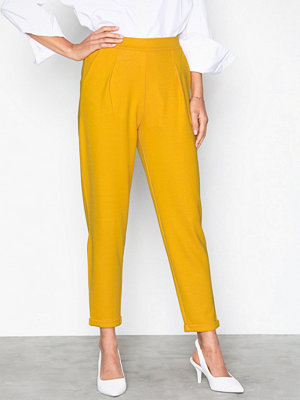 NLY Trend gula byxor Perfect Jersey Suit Pants Mustard