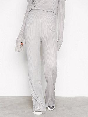 NLY Trend vita byxor Rib Knit Pants Ljus Grå