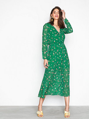 NLY Trend Floral Dream Dress Grön Mönstrad