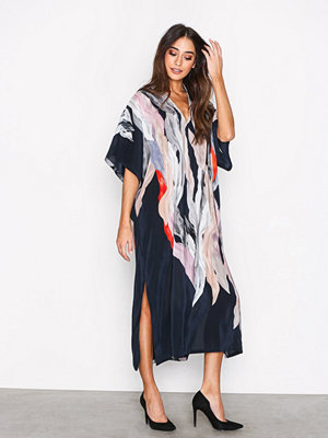 Filippa K Printed Kaftan Dress Mönstrad