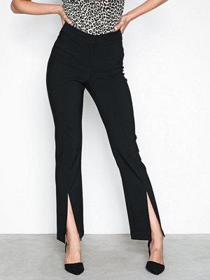 NLY Trend svarta byxor Front Slit Pants Svart