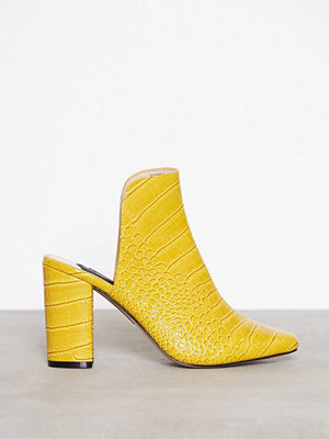 River Island Croc Closed Toe Mule Yellow