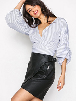 Sisters Point Dervo Skirt Black
