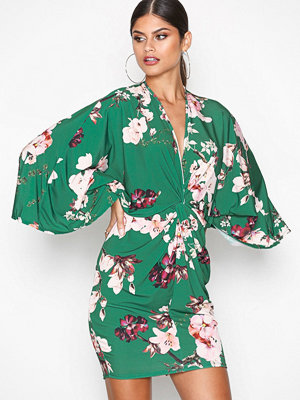 NLY One Kimono Print Dress Grön