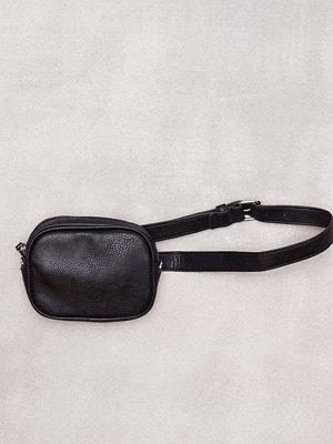 Pieces Pcibi Belt Bag Svart axelväska