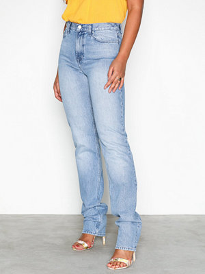 Jeans - NLY Trend Cheeky Fit Super Long Denim Blue Wash