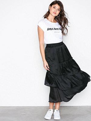 MOSS Copenhagen Freddie Jaquar Skirt Black Stripe