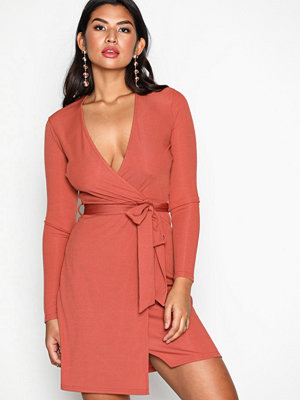 NLY Trend Wrapped Rib Dress Rust