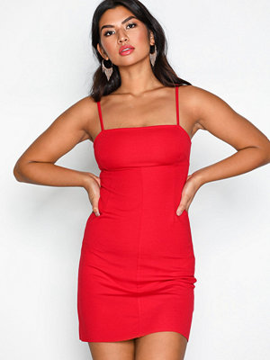 NLY Trend Perfect Strap Dress Röd