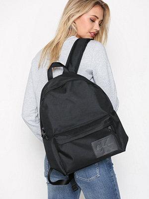 Calvin Klein Sport Essential Cp Backpack 45 Svart ryggsäck